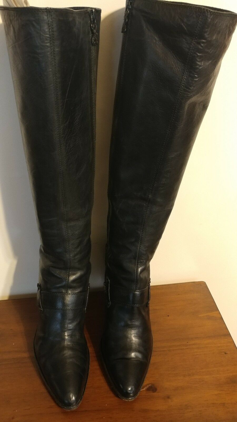 Modern Vintage KITTIE schwarz tall boots sz. 9.5 pre-owned