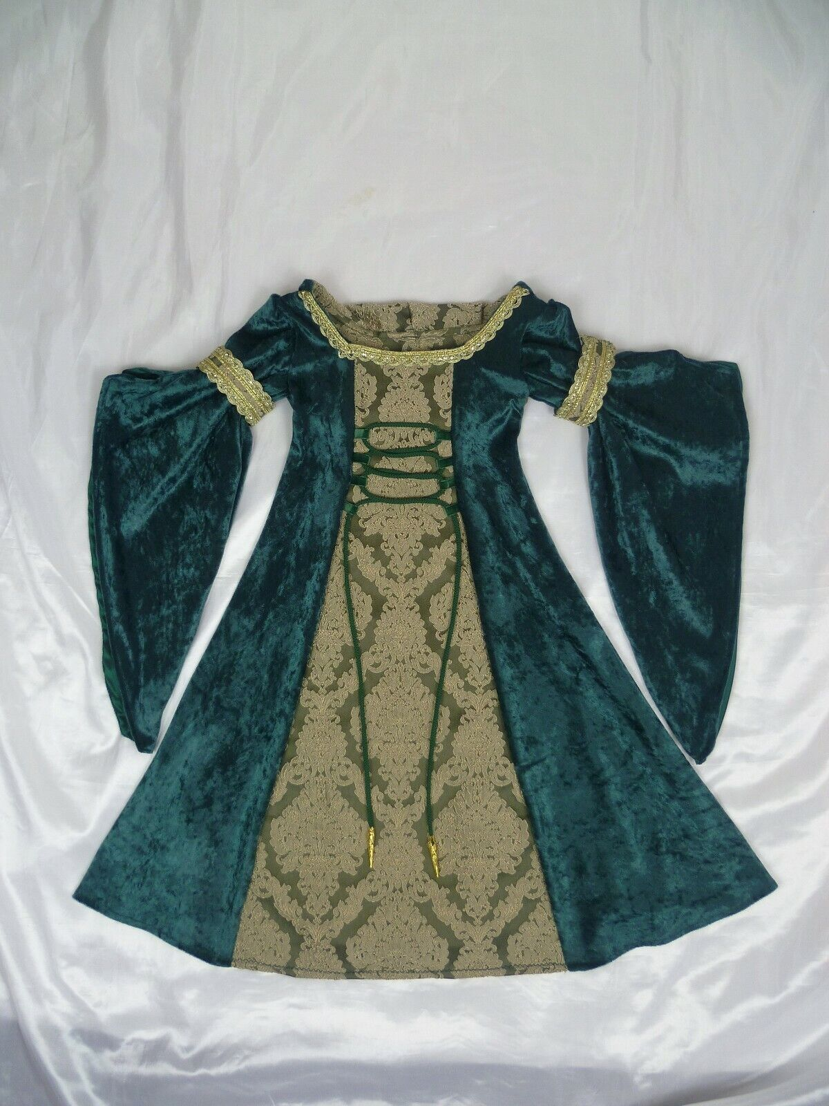 Girls Medieval Dress Renaissance Gown Custom made from age 3 to 5 years