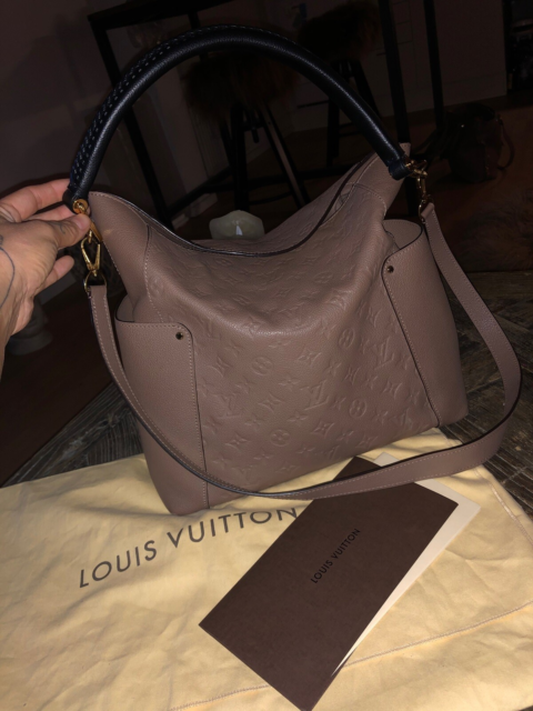 Crossbody, Louis Vuitton, læder, Super flot Bagatelle i…