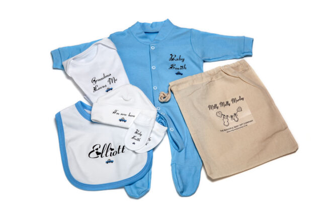 PERSONALISED essential CLOTHING kit for HOSPITAL BAG sleepsuit,vest,bib,hat,mitt