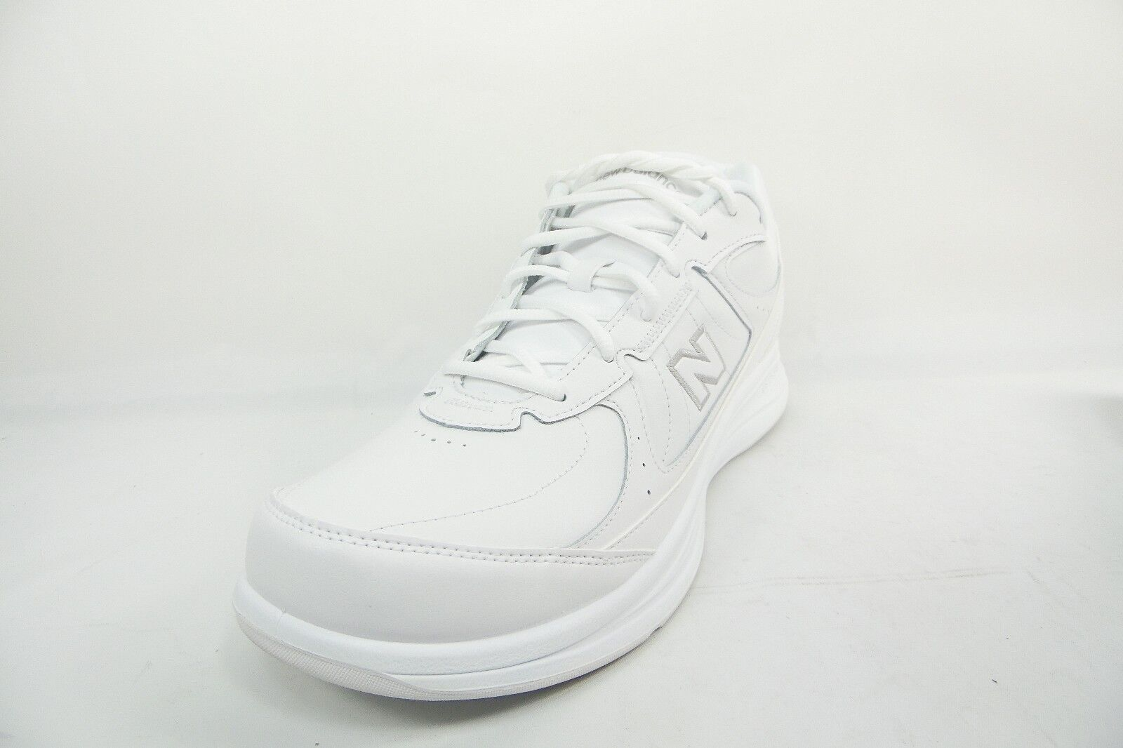 New Balance 577 Womens Walking Shoe White Size 8.5B WW577WT