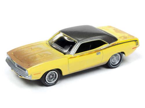 Johnny Lightning 1//64 1970 Plymouth Cuda Barn Find Lemon Die-Cast JLMC020