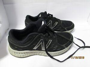 Detalles acerca de Para Hombre New Balance 420v4 negras y plata pre owned Running Zapatos Zapatillas Tamaño 8 mostrar título original