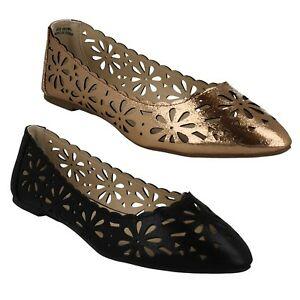 19e8554d607 LADIES SPOT ON FLAT METALLIC FLORAL CUT OUT POINTED TOE CASUAL SHOES ...