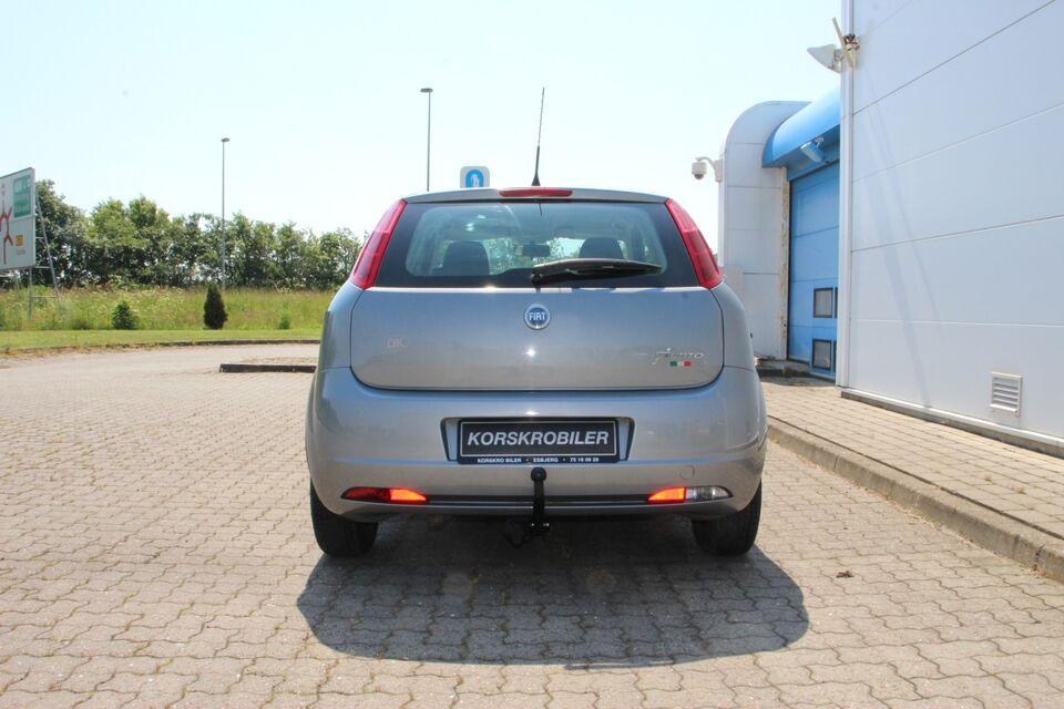 Fiat Punto 1,2 Dynamic Benzin modelår 2006 km 113000