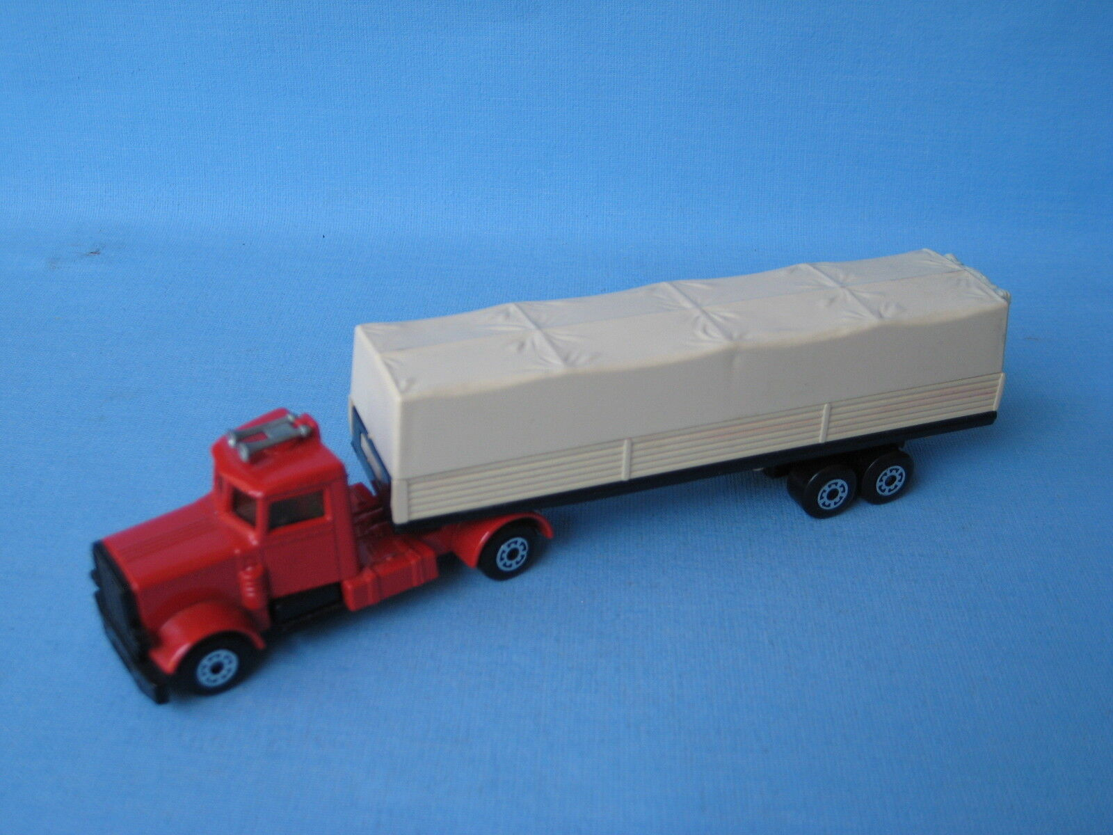 Lesney Matchbox Long Haul Peterbilt Base Cream Plastics Pre-Pro Trial Convoy