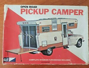 RARE-VINTAGE-USA-MPC-1971-OPEN-ROAD-CAMPER-MODEL-KIT-COLLECTABLE-No-403-300