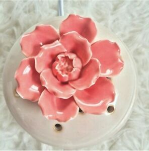 Scentsy-In-Bloom-Porcelain-Ivory-Pink-Flower-Home-Decor-Fragrance-Warmer-Bnib