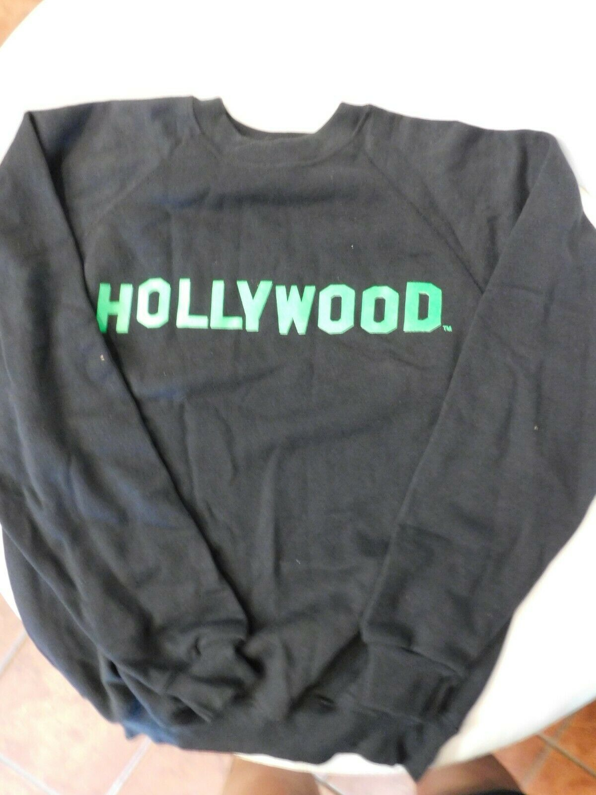Hollywood Sweatshirt (green writing) xLarge T7