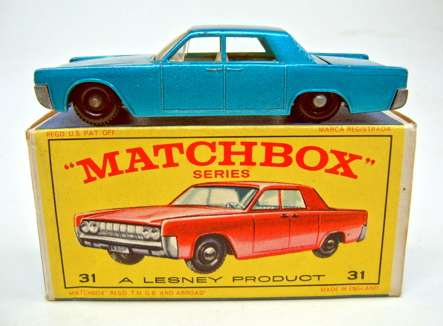 Matchbox RW 31 C Lincoln Continental bleumetallic  e1  Box Rouge Modèle Figure