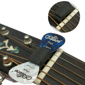 wedgie bass guitar headstock pick holder with 1 free rubber pick ebay. Black Bedroom Furniture Sets. Home Design Ideas