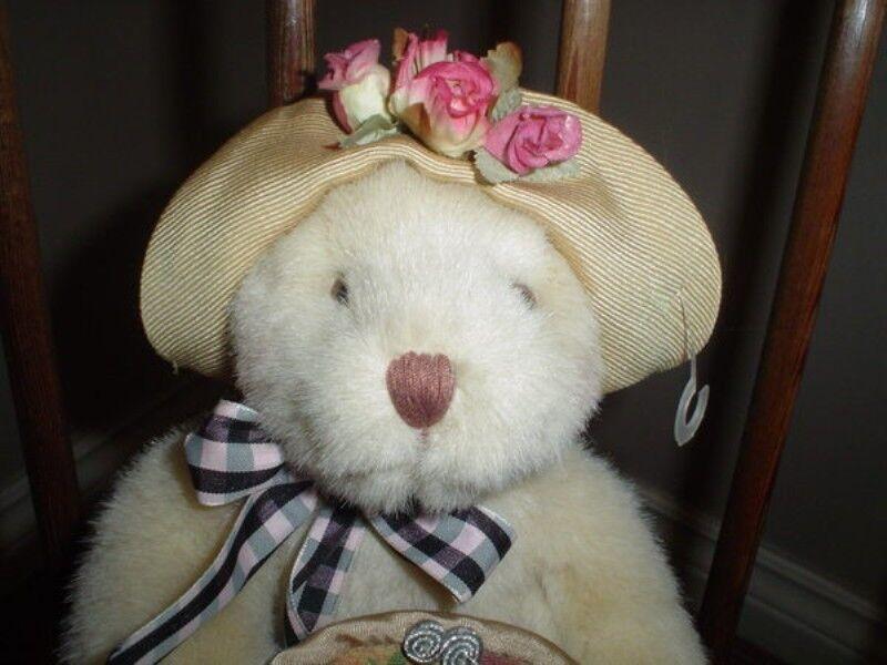 Russ Berrie 7 Inch Li'l Creampuffs Bear Bear Creampuffs Tags 4545 bff6e7
