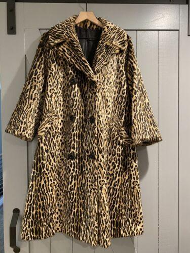 Vintage BWANA Donnybrook Cheetah Swing Coat