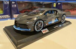 Nuevo-Bugatti-Divo-1-18-Scale-Die-Cast-Maisto-Special-Edition-Gris-con-ribete-azul