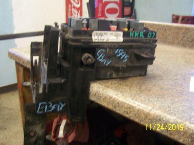 07 2007 Chevrolet Chevy Hhr Engine Fuse Relay Box Under