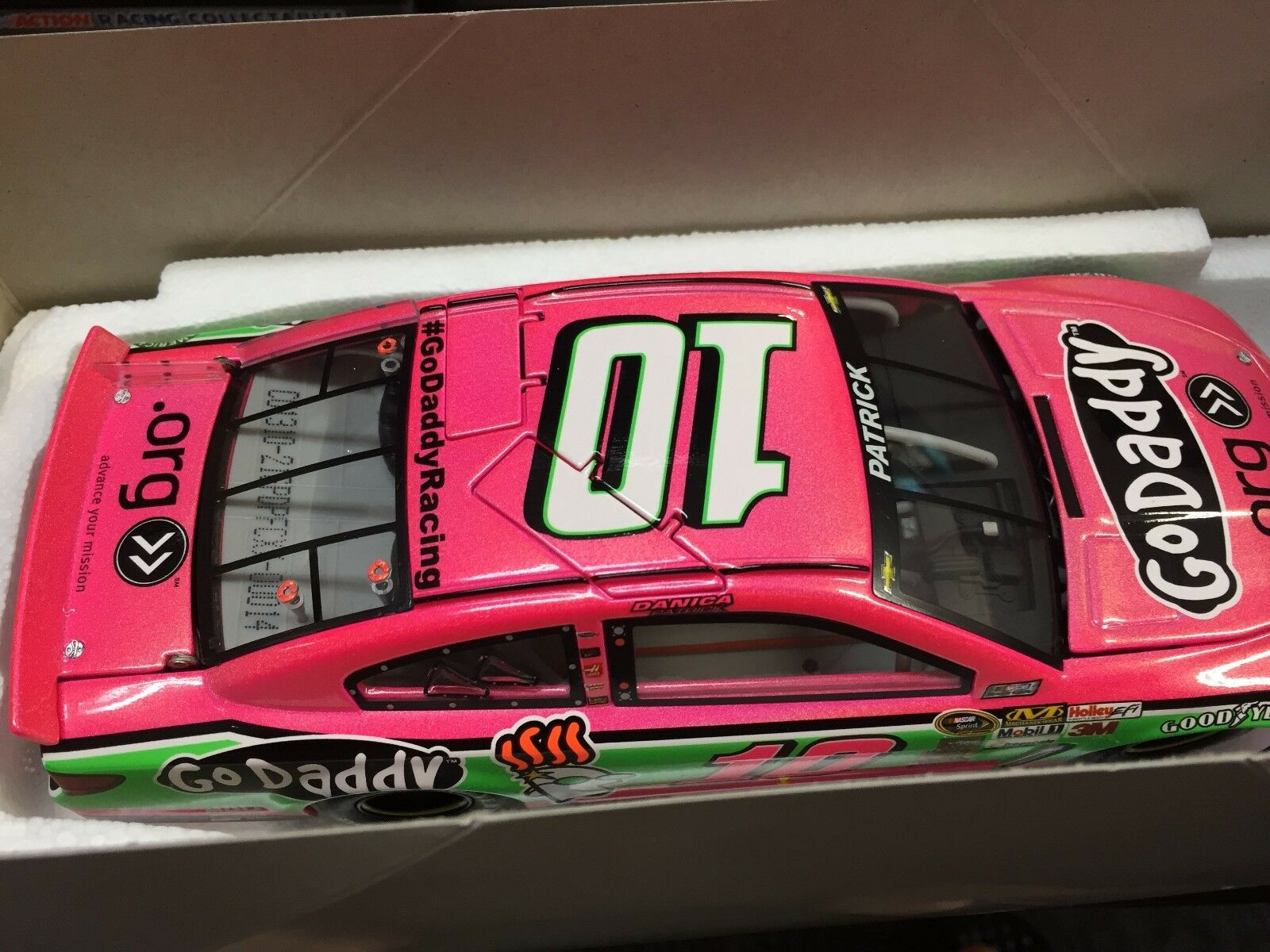 1 24 ACTION Danica Patrick '13 SS  10 GoDaddy  Pink 1 of 72  14 Flashcoat
