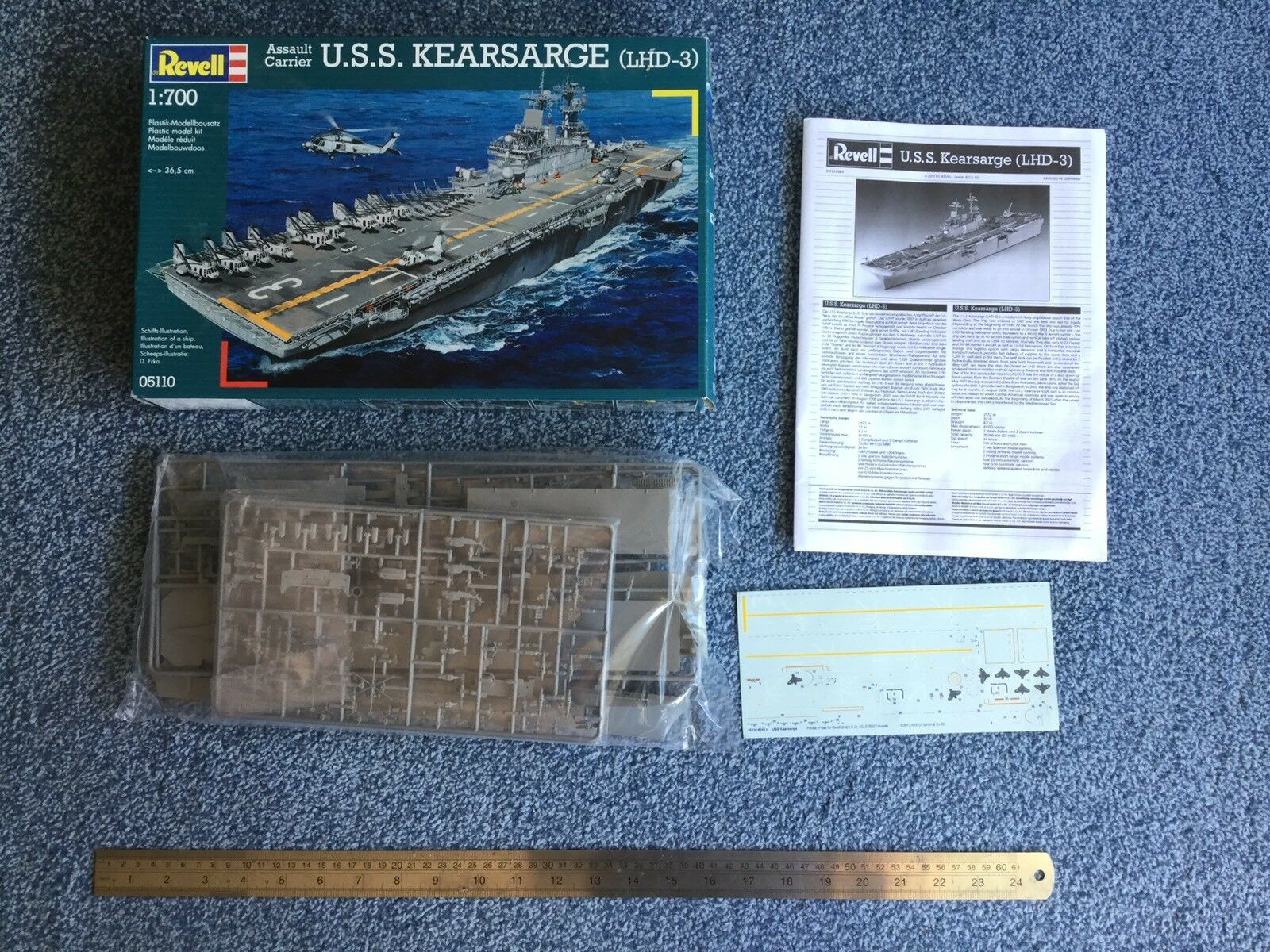 Revell 1 700 USS Kearsarge (LHD-3) model kit