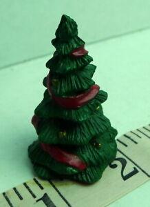 Grandeur-Noel-Christmas-Miniatures-Christmas-Tree-Village-Noel-Vintage-1995