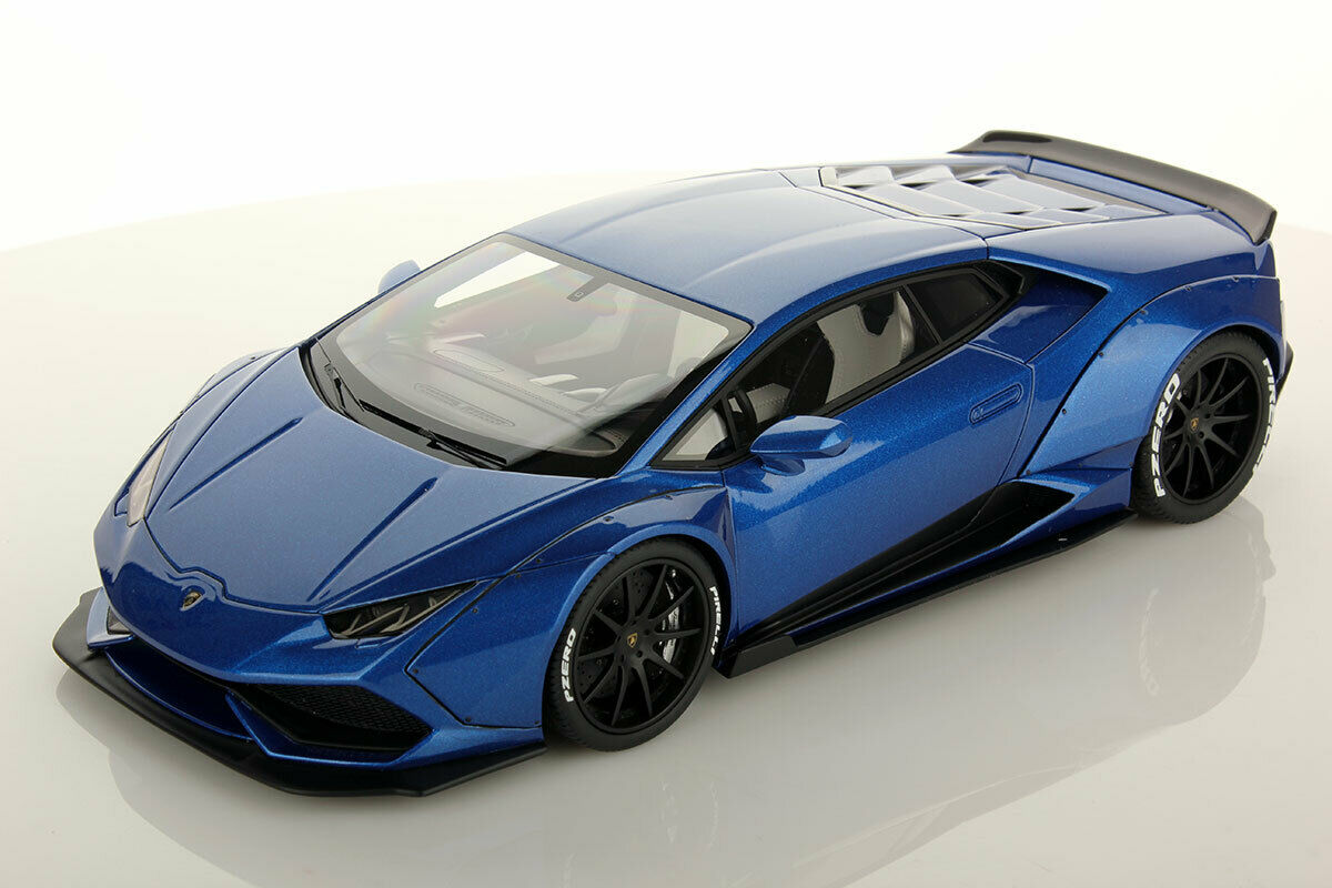 MR Collection Lamborghini Huracan Aftermarket bleu Monterey with Showcase 1 18