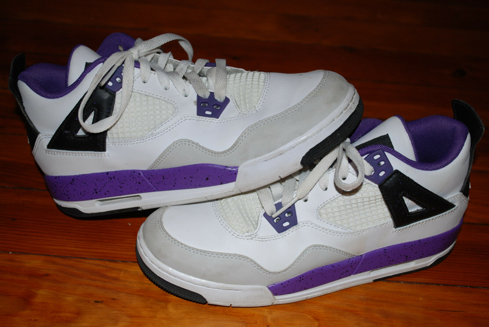 Nike Air Jordan Retro IV 4 GS White Ultra Violet Gray Sneaker Price reduction best-selling model of the brand