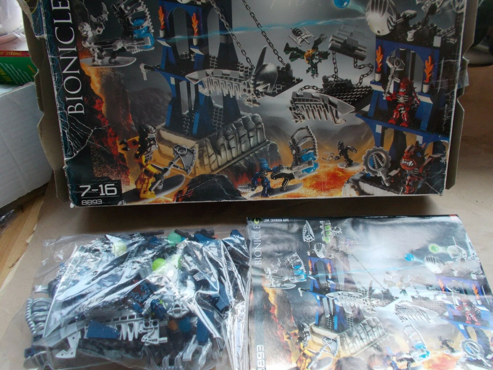 In Scatola LEGO BIONICLE SET 8893-telecamera Lava CANCELLO Playset  TOA INIKA PIRAKA Zamors  marchio famoso