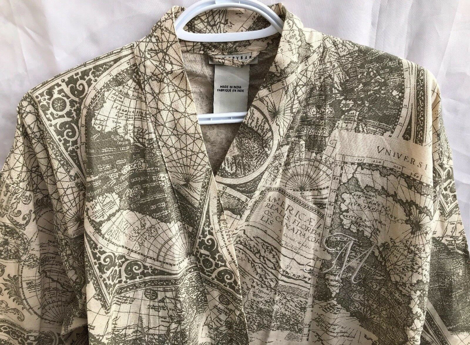 Potterybarn Womans Outdoor Patio M Initial Robe with Belt Loops Size XS
