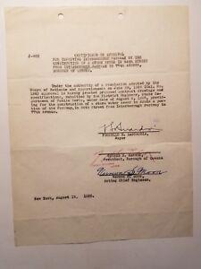 NYC-mayor-Fiorella-LaGuardia-signed-document-for-Jackie-Robinson-Parkway-1935