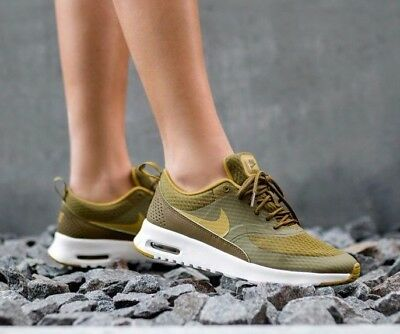 Femme Nike Air Max Thea TXT Taille 4 EUR 37.5 (819639 301) Olive Flaksommet Blanc | eBay