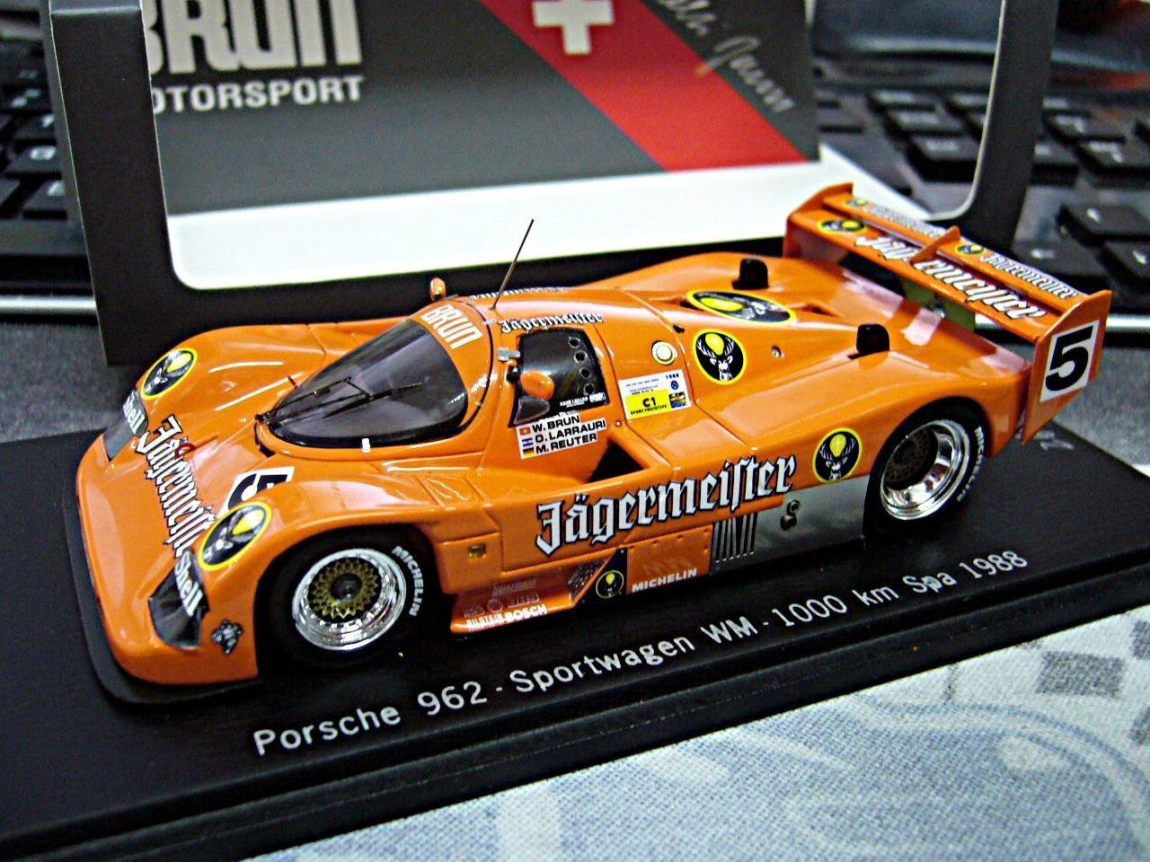 PORSCHE 962 C SPA WM 1988  5 Brun Reuter Larrauri Jägermeister SPARK Limit 1:43