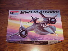 SR-71 Blackbird with Drone, 1/72 Monogram  12-adult  5810-0100
