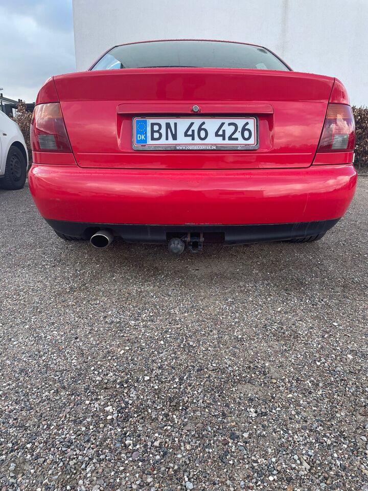 Audi A4, 1,8, Benzin