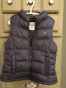 dcdc2339b Girl s Old Navy Zip Up Puffer Vest Gray Size S Small 6 7 Fleece ...