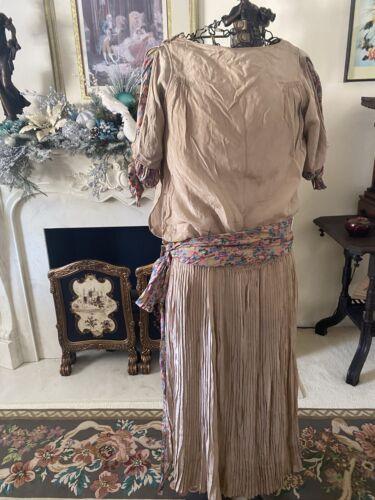 VTG Women's 20s 30s Handmade Dress Silk Like With