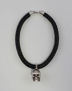 8325394 Silberner Totenkopf Anhänger An Leder-halsband Moderate Kosten