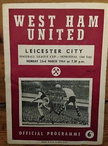 LEAGUE CUP SEMI FINAL 1964 West Ham v Leicester City - <span itemprop='availableAtOrFrom'>Walthamstow, London, United Kingdom</span> - LEAGUE CUP SEMI FINAL 1964 West Ham v Leicester City - Walthamstow, London, United Kingdom