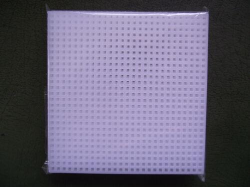 "Darice 10 x 4/"" Square 7 Count Plastic Canvas Shapes"