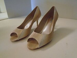 be169988d15 Details about DKNY Joni Bleached Snake Natural 8 1/2 M New Peep Toe Classic  Pump Heel Shoes