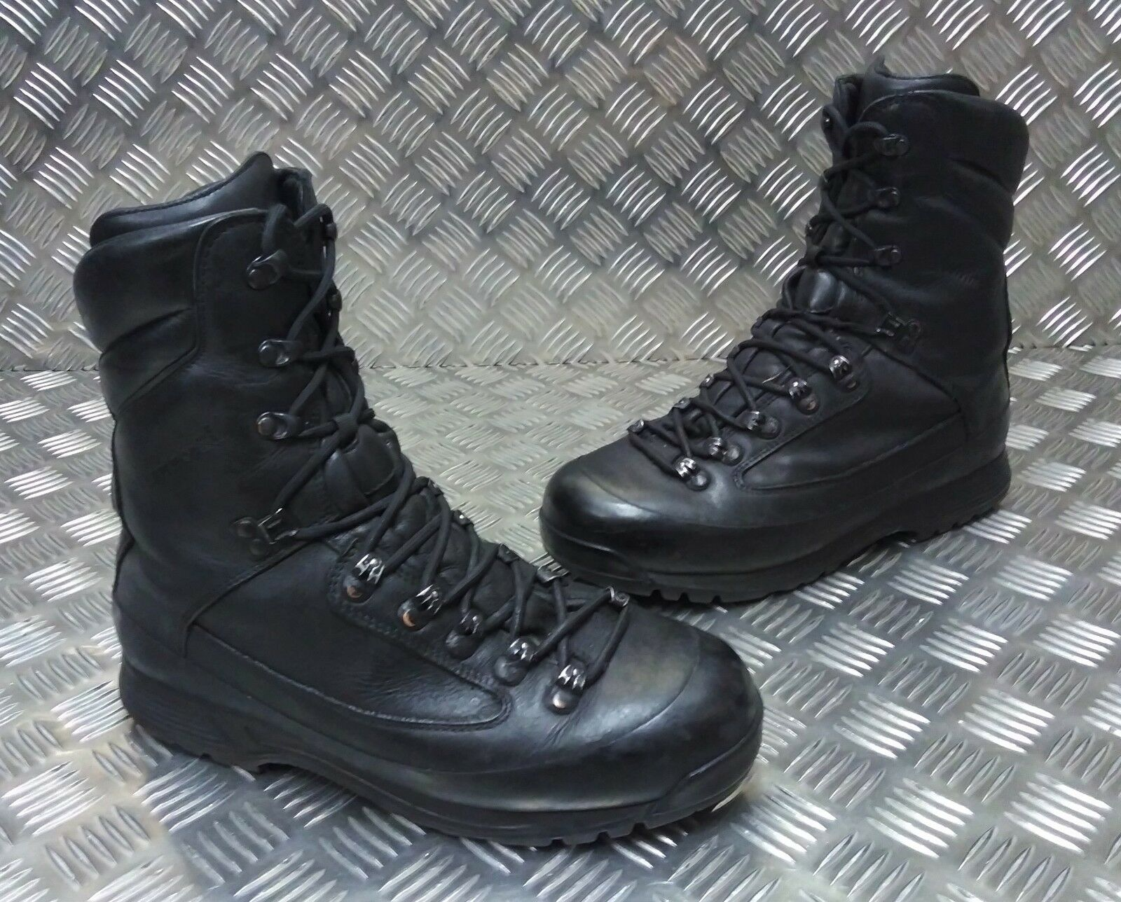 Genuine Cold British Army Karrimor SF Cold Genuine Weather Goretex Negro Combat botas Faulty 224022