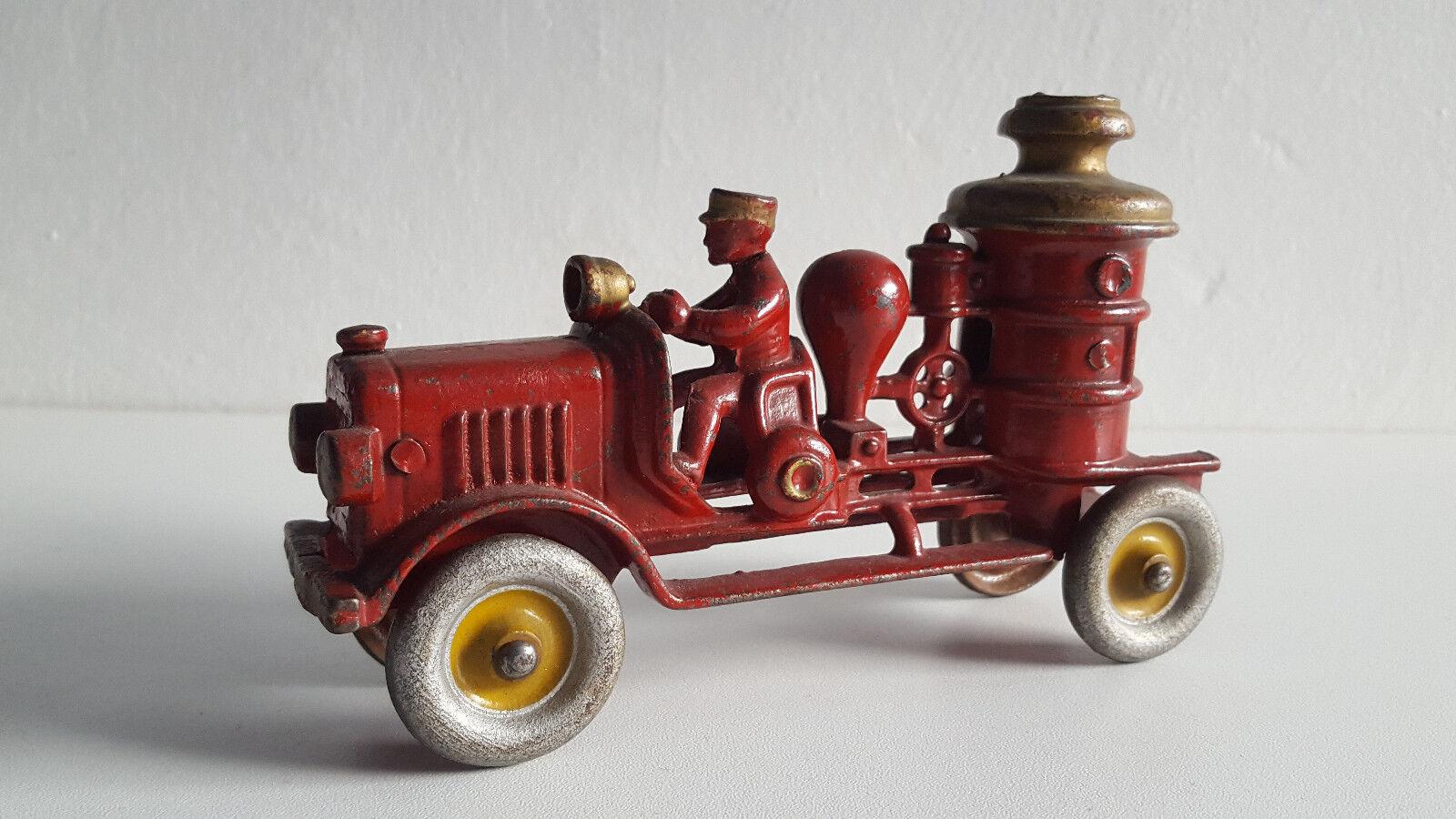 Tres rare jouet ancien camion pompier HUBBLEY 1390 cast iron