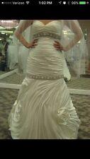 Preowned Stephen Yearick YSA Makino Wedding Dress