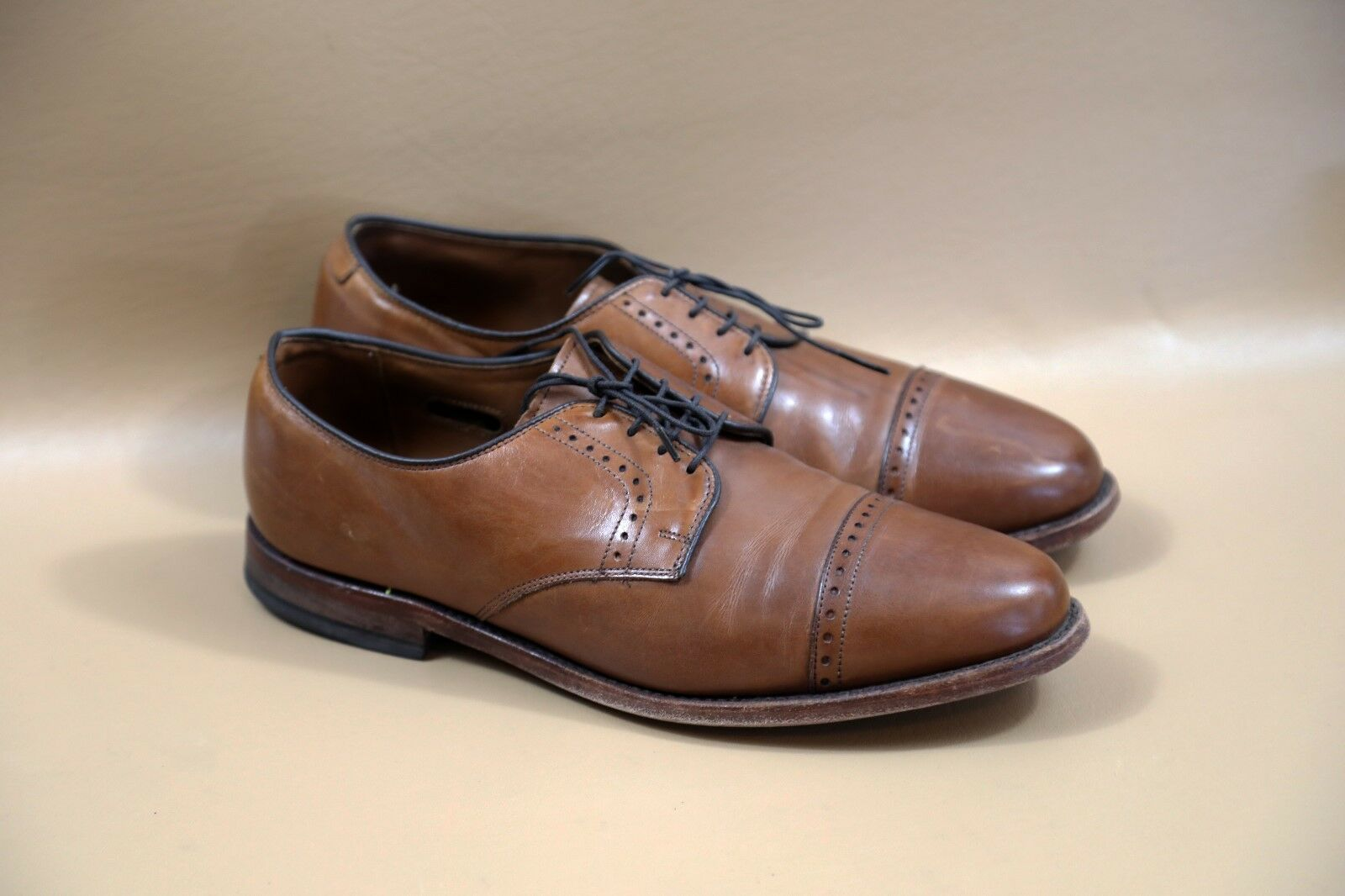 80 Allen Edmonds Clifton Oxford shoes Size 9 3E