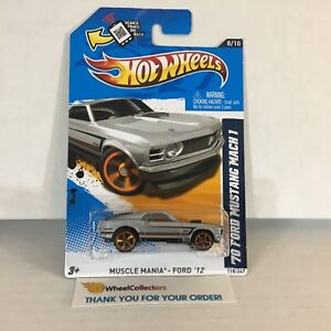 B26 SILVER Toys R Us /'70 Ford Mustang Mach 1 #118 2012 Hot Wheels