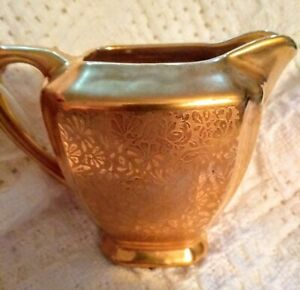 Wheeling, West Virginia WHEELING GOLD CHINA SUGAR BOWL with Lid and CREAMER