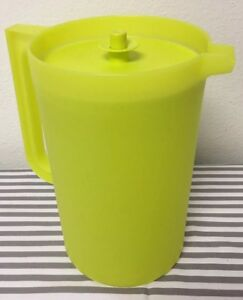 Tupperware Impressions Pitcher One Gallon Yellow Orange New