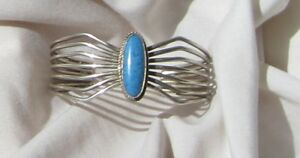 Size-6-3-4-Sterling-Silver-Bracelet-with-Denim-Lapis-Cabochon