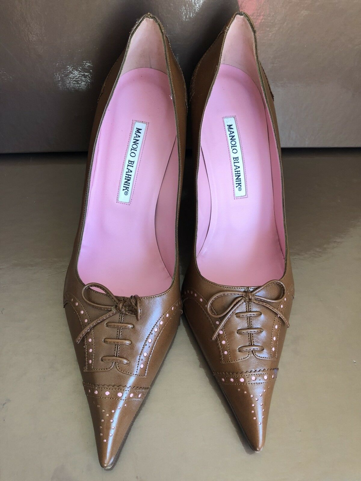 Manolo blahnik Pointed  Pump Marronee Leather 41  negozio outlet