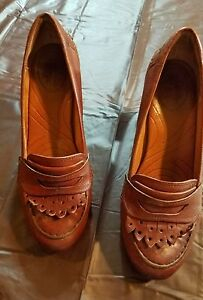 Clarks Indigo Brown Leather Penny Loafers Heels Women's sz ...