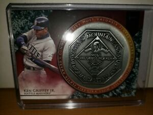 2017-Topps-Update-MLB-MVP-Award-Medallions-Ken-Griffey-Jr-Seattle-Mariners-HOF
