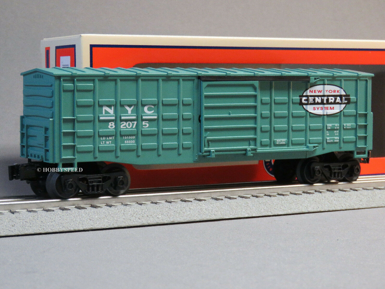 LIONEL NEW YORK CENTRAL WAFFLE SIDED BOXCAR o gauge train freight 6-82075 NEW