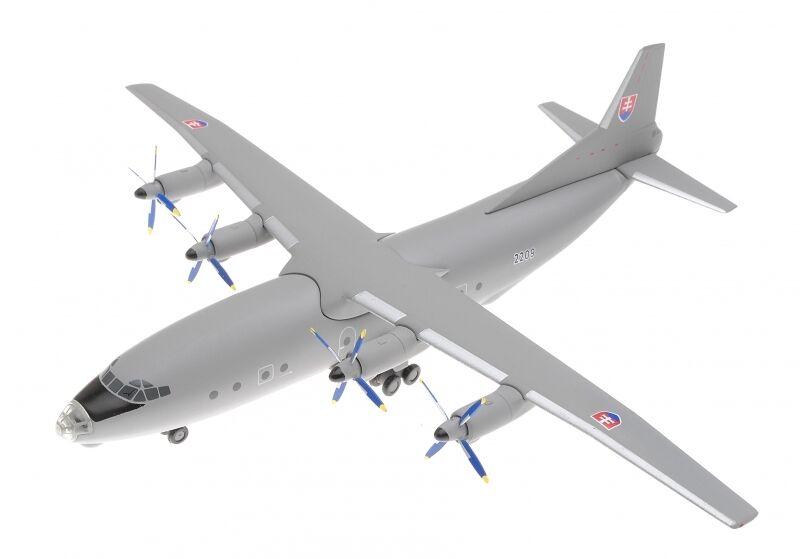 AMA Herpa - 555302 - Antonov An-12 Slovakia - 1 200